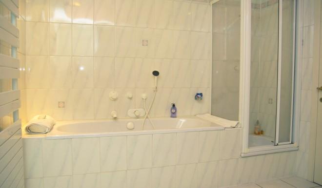 Badkamer 1 eerste Verd jpg (1) 2