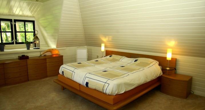 Master bedroom  (1) 2